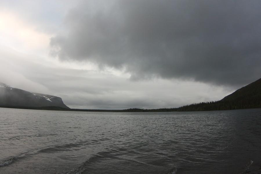 Тяжелые облака